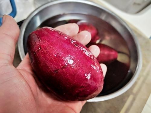 小ぶりなシルクスイートでねっとりクリーミーな焼き芋作り