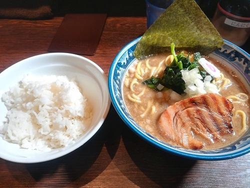 後引く旨さでたまらず再訪『麺屋 武士道』