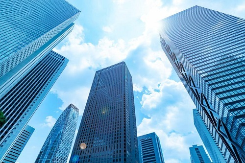 ○年ぶりの最高益「ぶり企業」続出、出光興産は39年ぶり!