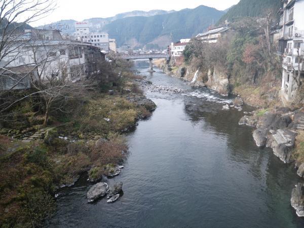 22日新橋より