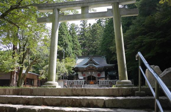 湯泉神社05