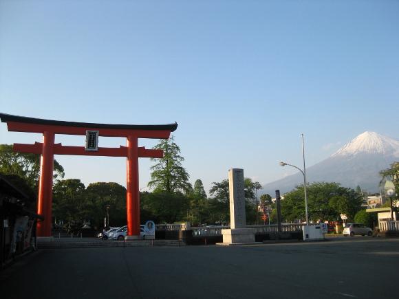 富士山本宮浅間大社・本殿01
