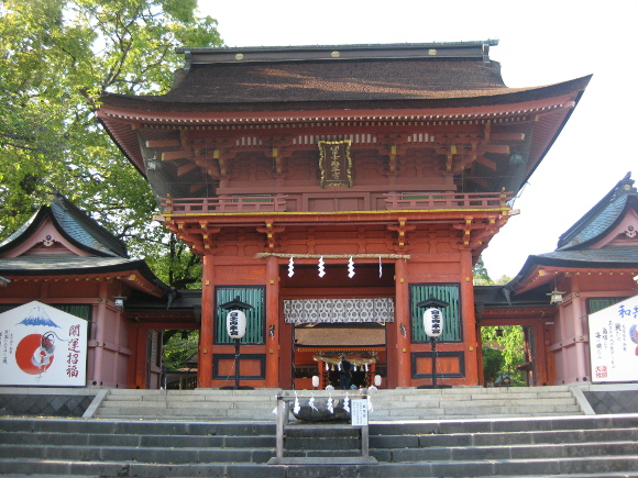 富士山本宮浅間大社・本殿12