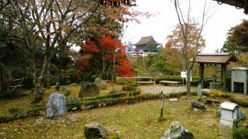 吉水神社書院より蔵王堂の眺め