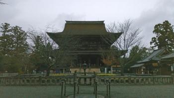 金峯山寺蔵王堂と四本桜