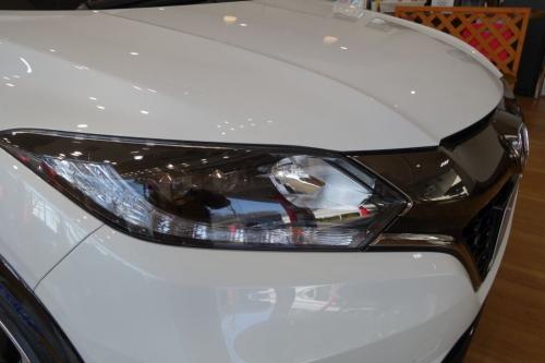 ヴェゼル RS ヘッドライト