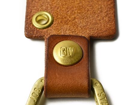 deli-18ss-bw-peace-sign-leather-key-holder-bw-logo.jpg
