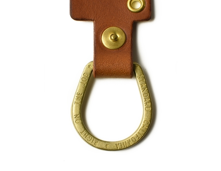 deli-18ss-bw-peace-sign-leather-key-holder-ring1.jpg
