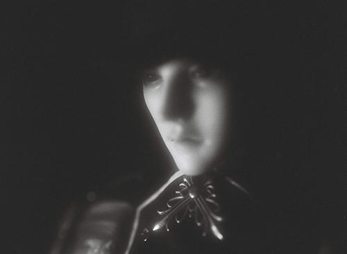 「帝都物語」の加藤保憲としてお迎えした、Ringdoll、Dracula-Style B。レトロっぽくモノクロフィルムで撮影してみました。