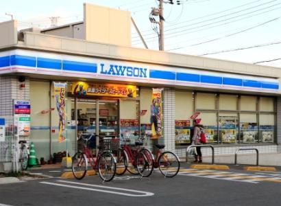 コンビニに「おなかすいた」と10円玉を握りしめて訪れた5歳女児、店員が110番通報し保護 … 傷害容疑で実母ら逮捕