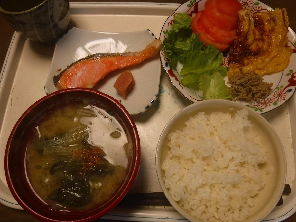 ブログ 僕の正調朝ご飯.jpg