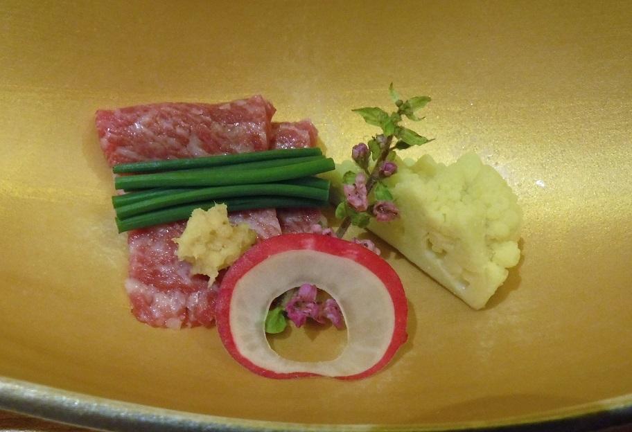 26日 ブログ 夕食 桜肉 ロマネスコ.jpg