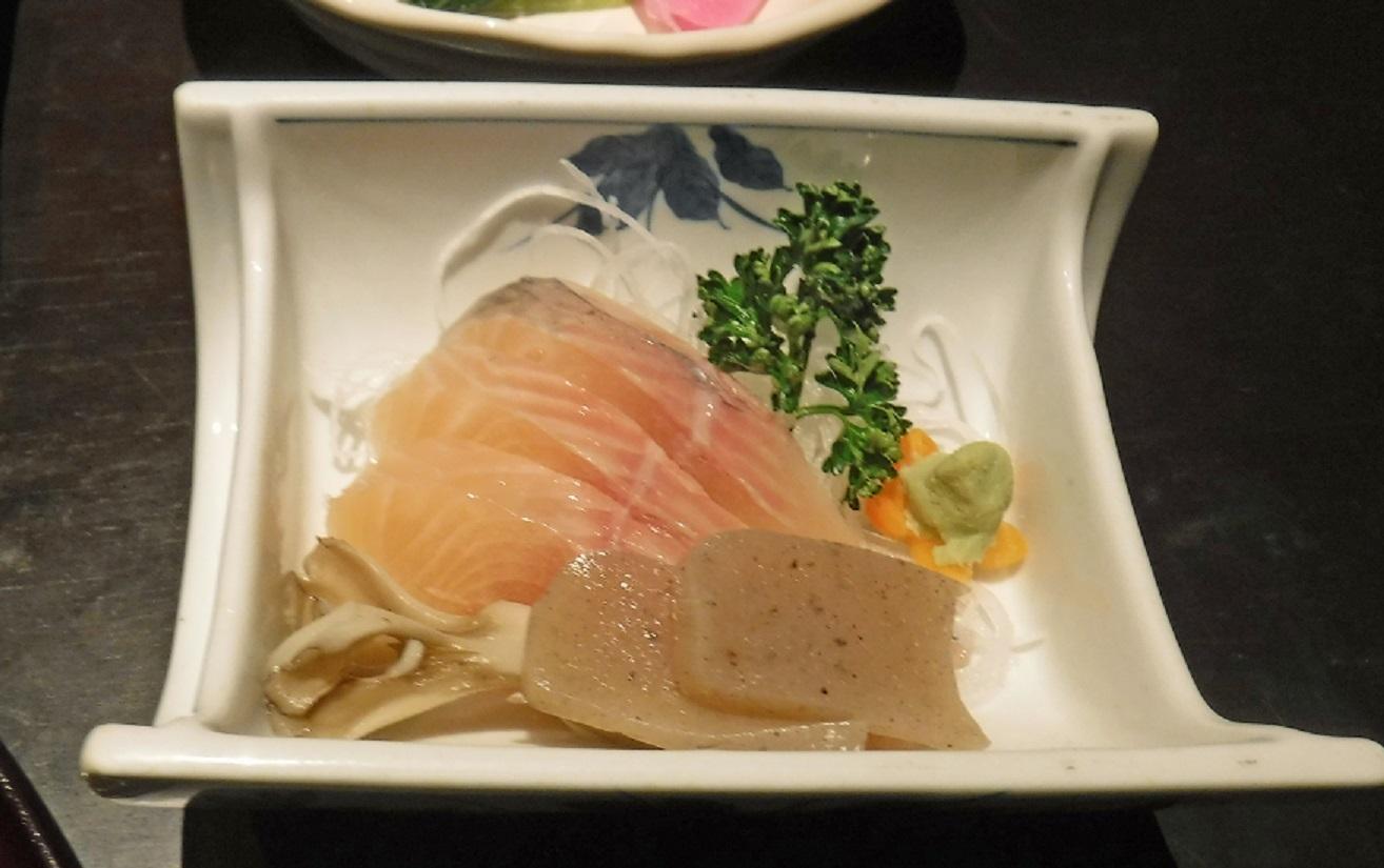 ブログ 27日 夕食 2.jpg