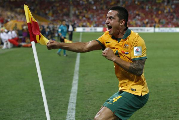 tim-cahill-punching-corner-flag.jpg