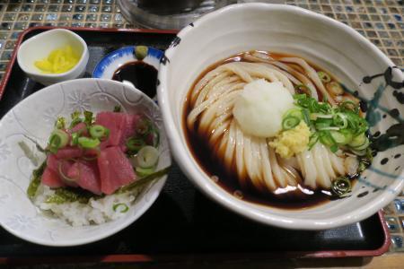 マグロ丼セット