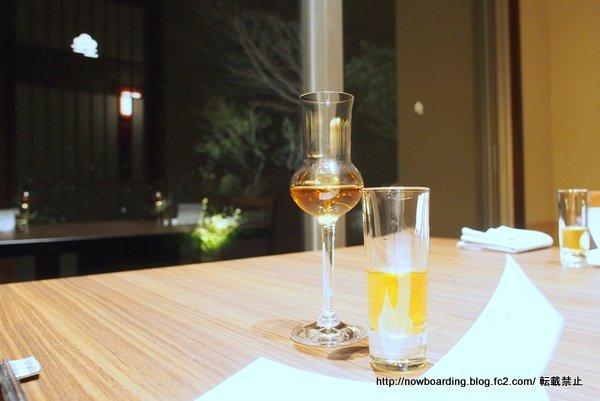 うめひびき自慢の梅酒2種飲み比べ 1年熟成 3年熟成