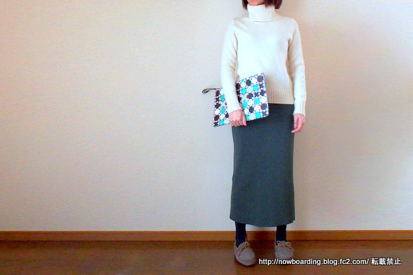 ギルトで購入したthree dots のニットスカート