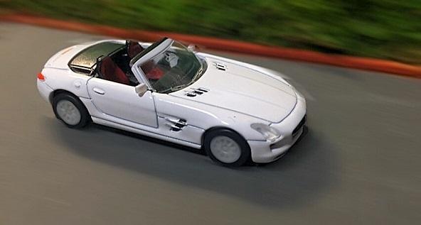 GEOGIA Mercedes Benz SLS AMG Roadster 1