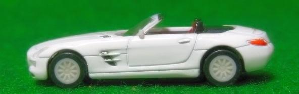 GEOGIA Mercedes Benz SLS AMG Roadster 1640
