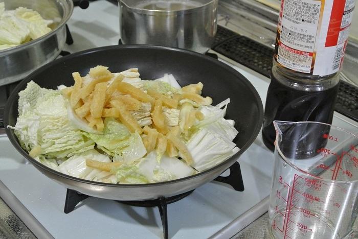 白菜と油揚げの炒め煮