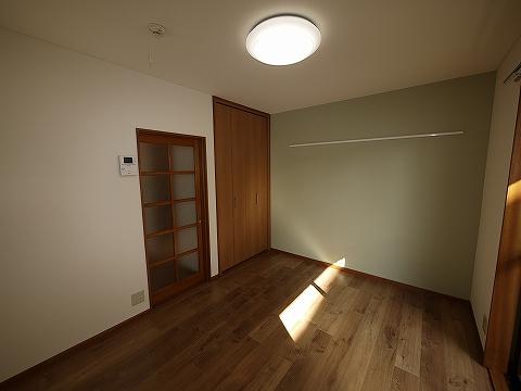 ハイツ欅101洋室2