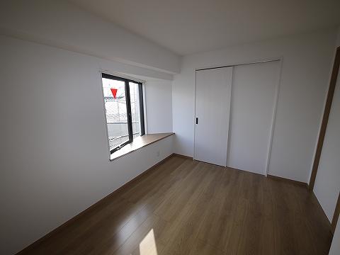 ビラニューロード303洋室