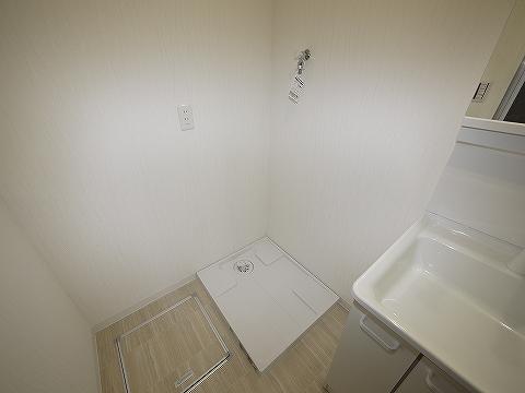 ビラニューロード303洗濯機置き場