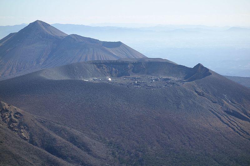 【前兆】霧島連山の「新燃岳」で火山性地震が急増…220回にまで増加し、火山性微動も発生中