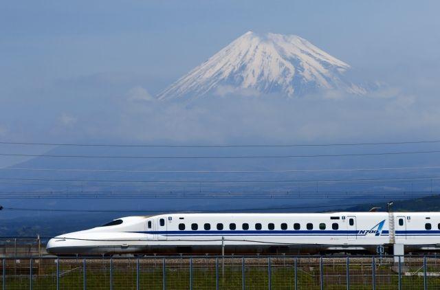 【新幹線】リチウム電池を床下に搭載…地震による停電時に自力走行できる機能を導入