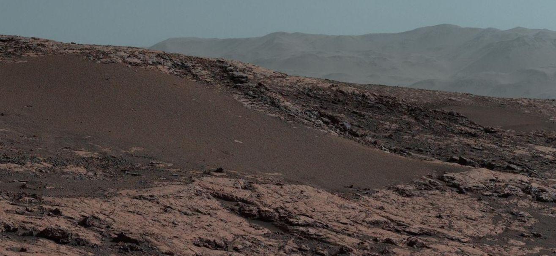 【宇宙】火星探査機キュリオシティから送られてきた「火星」の画像が凄すぎる!これ普通に生物いそうだよな?