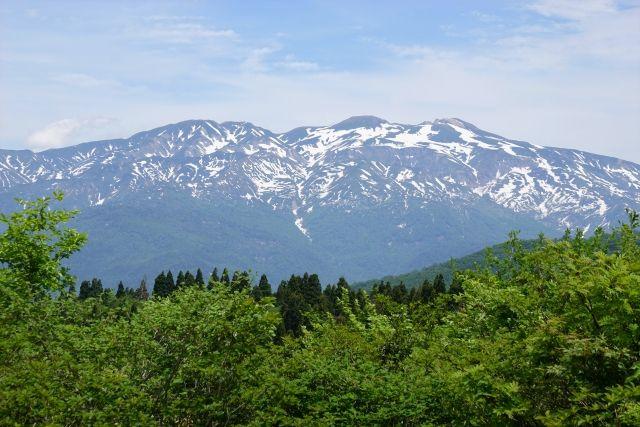 【石川・岐阜】白山で火山性地震が急増!4時間で「250回」も観測…火山活動高まる
