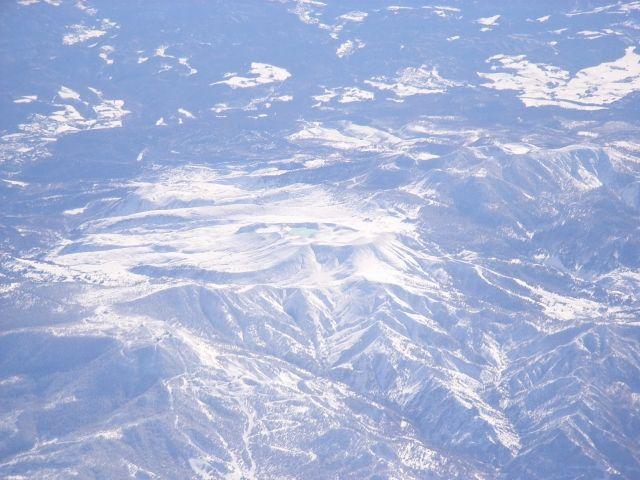 気象庁「想定外だった。本白根山の噴火は3000年ぶりの噴火の可能性」