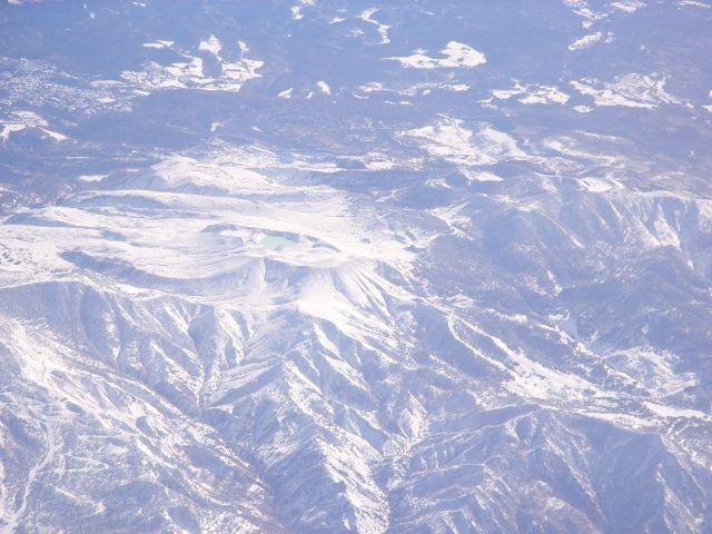 【群馬】草津白根山に複数の火口が出来ているのを確認「インパクト・クレーター」