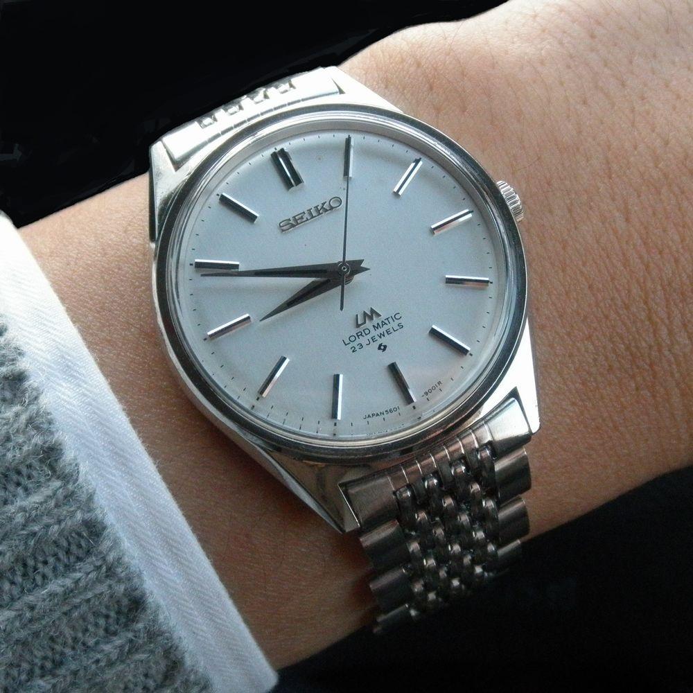 普通の時計 A2