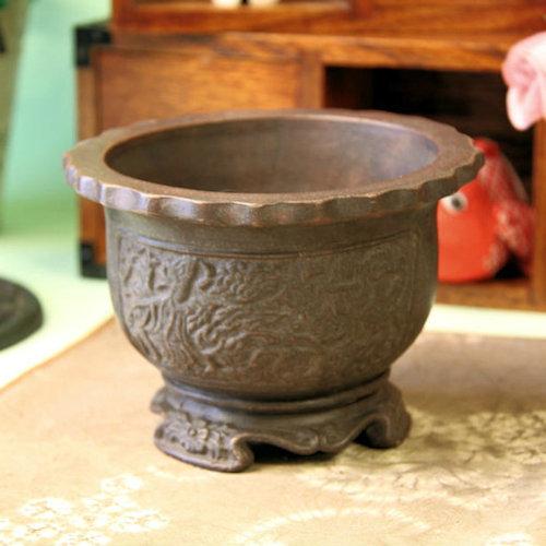 中国宜興 花輪植木鉢・盆栽鉢