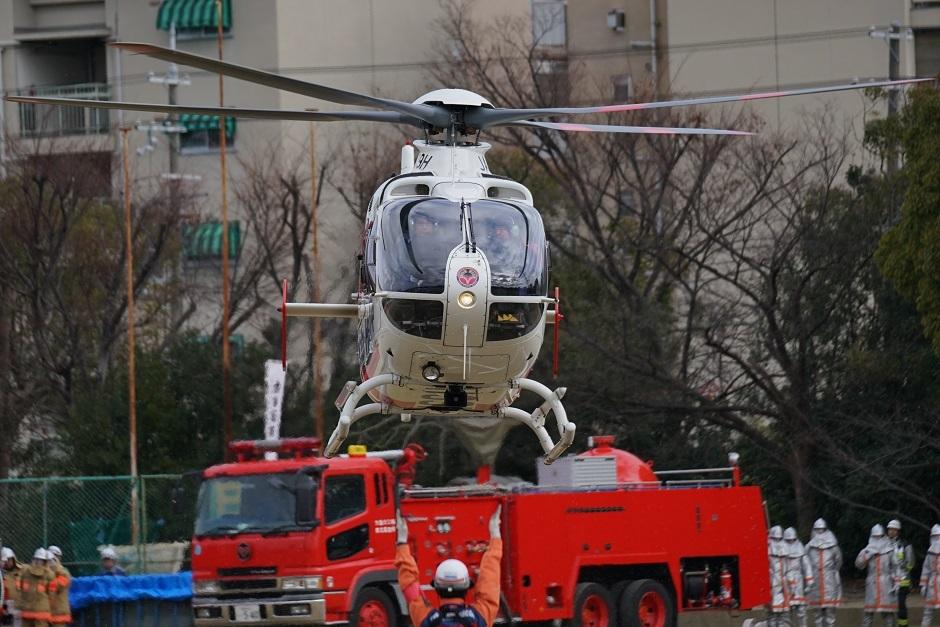 第14回堺消防素防災写真展入選堺市消防出初式ドクターヘリ離陸20180107as