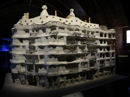 カサミラ模型