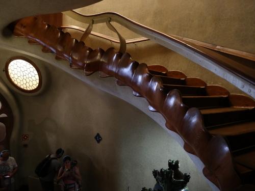 カサ・バトリョ階段1