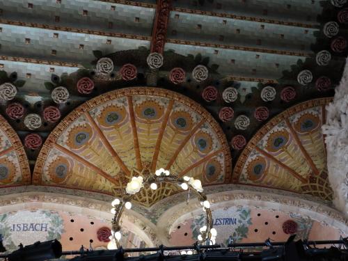 ステージの天井