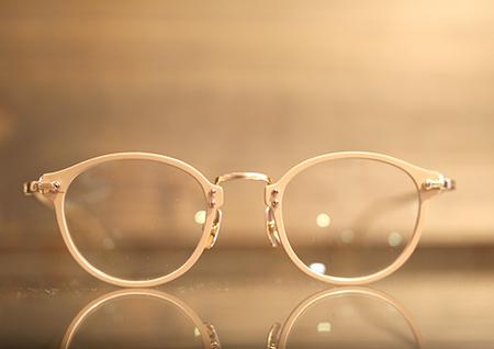 steady ステディー めがね フレーム サングラス 小千谷市のめがね店 長岡市のめがね店 クラシックフレーム 薄型レンズ ファッション おすすめの眼鏡店 新潟