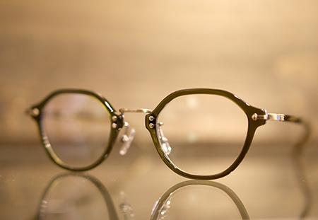 STEADY ステディー めがねフレーム サングラス クラシックなメガネ 新潟のめがね店 小千谷のめがね店 長岡でおすすめのめがね店 見附のめがね店 三条のめがね店 燕市のめがね店 かわいいメガネが欲しい