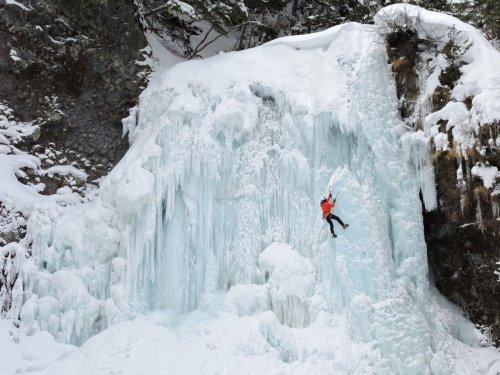 6善五郎の滝冬