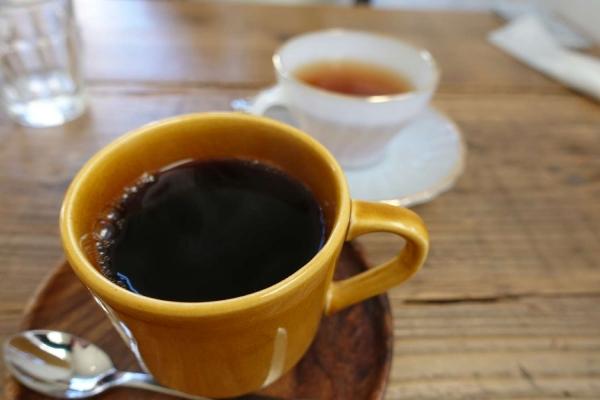 喫茶 ロクガツ