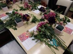 配られた花材