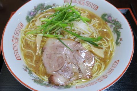 ラーメン食堂(鶏醤油ラーメン)