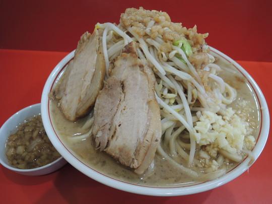 ラーメン(麺量500g)(750円)