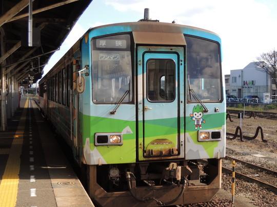 長門市駅の708D列車(JR西日本キハ120形)