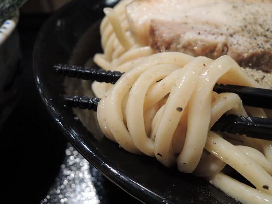 つけ麺(大)の麺