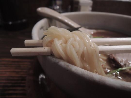 正油そばの麺