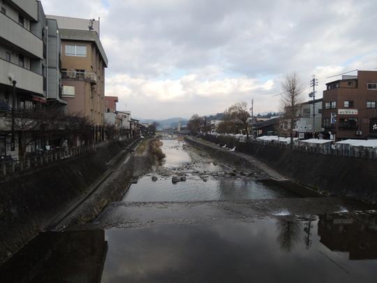 鍛冶橋から見た宮川